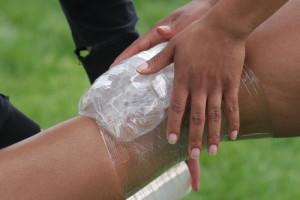 knee_injury_icing